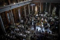 Augusztus 23. és 25. között immár a XV. Arcus Temporum fesztivált szervezte meg a Pannonhalmi Főapátság. A fesztivál, melynek házigazdája idén Gálffi László volt, illeszkedett a pannonhalmi kulturális évadhoz, melynek hívó szava 2019-ben a CSEND.